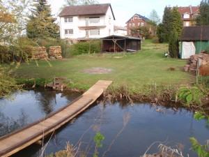 Der reißende Fluss auf unserer Wiese